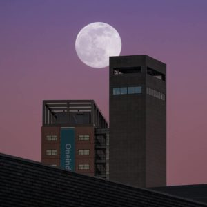 Interpolis full moon rising